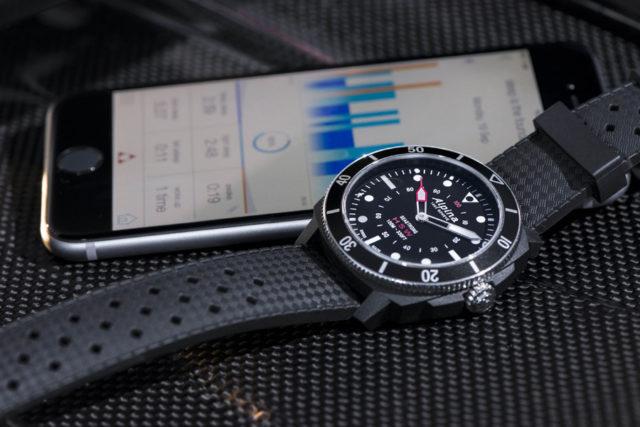 http://www.watchtime.pl/magazyn/wp-content/uploads/2017/12/Alpina-Seastrong-Horological-Smartwatch-schwarz-640x427.jpg